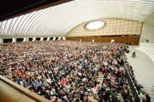 In der Audienzhalle im Vatikan sind alle Plätze belegt (Foto: SICT)